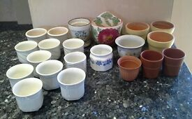 21 assorted small plant pots.