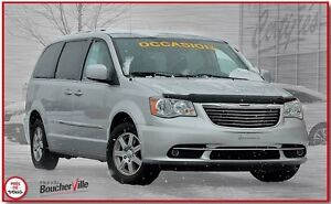2011 Chrysler Town & Country stow & go, 3.6L pentastar, economiq