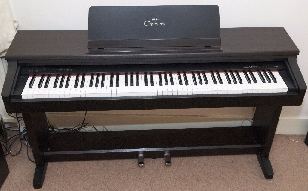 yamaha clavinova clp 153s digital piano with weighted keys and 2 pedals delivery in west. Black Bedroom Furniture Sets. Home Design Ideas