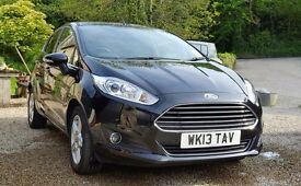 Ford Fiesta - Zetec - 1ltr ecoboost engine in Panther Black - 99bhp - stop/start tech ZERO ROAD TAX