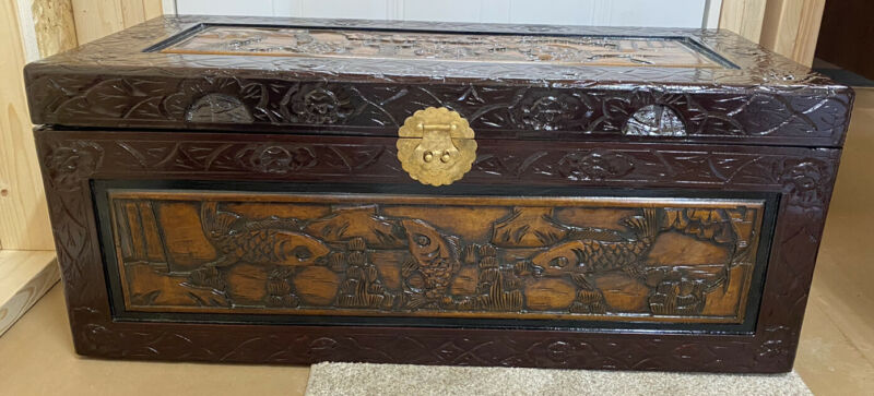 Vintage Oriental Chinese Camphor Wood Hand Carved BoxTrunk Hope Chest FLAWLESS