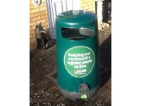 Plastic Litter Bin - GREEN. New cost well over £100.00 buy for £64.99