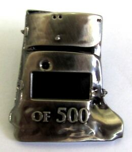 NED-KELLY-AUSSIE-BUSHRANGER-LIMITED-EDITION-OF-ONLY-500-HELMET-PIN-BADGE-101-150