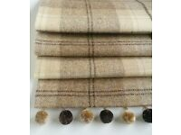 set of 4 Roman Blinds in Natural Tweed