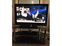 LG HD Ready 42PG6010 with stand Black glass stand grab a bargain. Pick up Hyde