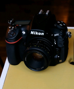 New Nikon d810 with lens and accessories - low shutter