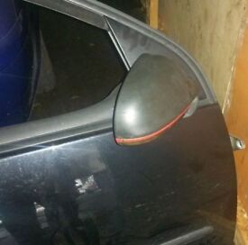 VW Golf Mk5 O/S Wing Mirror (2006)