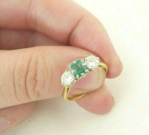 18ct gold natural emerald diamond 3 stone ring,