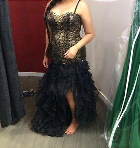 *REDUCED*Strapless Black/gold grad dress size 12
