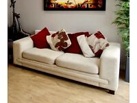 COMFY CREAM SOFA BED - HIGH QUALITY - VERY GOOD CONDITION - WITH CUSHIONS INCLUDED
