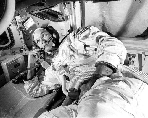 MICHAEL COLLINS APOLLO 11 COMMAND MODULE PILOT - 8X10 NASA PHOTO (EP-667)