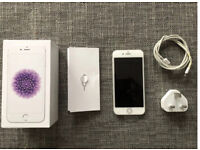 iPhone 6 16gb White Silver Unlocked Fully Boxed *Excellent Condition*