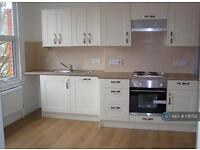 1 bedroom flat in Temple Sheen Road, London, SW14 (1 bed)