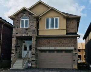 New House for rent in Ancaster