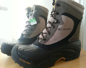 Columbia Bugalite Boots Size 8, new