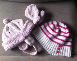 Girls toque and mitts set with extra toque