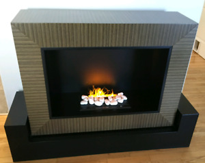 High end vapour fireplace