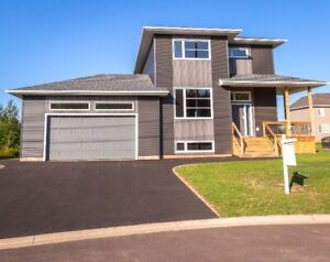 16 Lauvriere Court, Moncton - Executive Family Home
