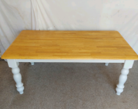 Almost new - Solid Beech Table - 6 seater