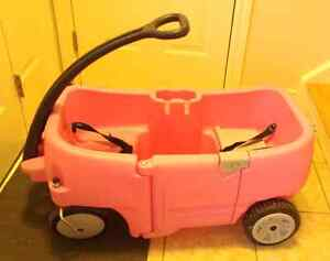 Step 2 Pink Wagon with Door and 2 Seats
