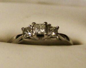 Diamond Ring 3 Stone