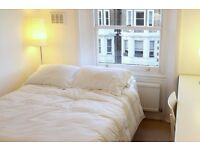 Double Bed in Room for Rent in a 2-Bed Flat With Rooftop Terrace in South Kensington