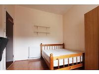 Couple friendly rooms in 5-bedroom apartment in Stoke Newington, close to Hackney Downs