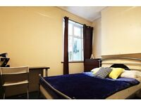 Double Bed in Rooms for rent in seven bedroom houseshare near Tottenham Hale station
