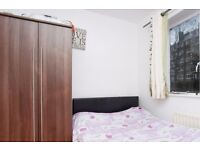 Double Bed in Comfortable Rooms with Bills Included in 5 Bed Flat in Putney