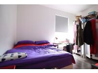 Rooms to rent in a 4-bedroom flat in Harringay