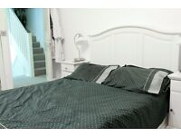 Double Bed in 5 Bedrooms for Workers in Spacious House With Garden Near Camden Area