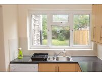 Double Bed in Rooms with double beds to rent in 6-bedroom house in Hither Green