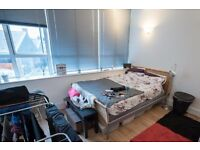 Double Bed in Spacious rooms to rent in 4-bedroom houseshare - Southwark