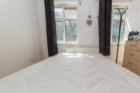 Exterior room in 3-bedroom flatshare in Southwark, London