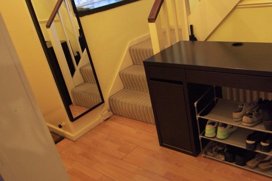 Rooms to rent in quality 4-bedroom flatshare with garden in Pimlico