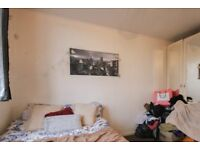 Rooms for rent in a furnished 4-bedroom apartment in Swiss Cottage