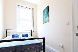 Double Bed in bright room to rent in Kensal Green, London