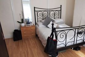 Double Bed in Rooms to rent in a 6-bedroom houseshare in Tottenham