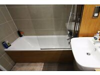 Double Bed in 1 room to rent in a modern 2-bedroom apartment in Canning Town, London