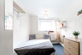 Cosy room in 4-bedroom apartment in Islington