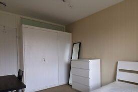Rooms to rent in cozy 5-bedroom flatshare in Peckham
