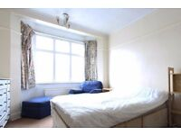 Double Bed in Rooms to rent in 5-bedroom houseshare with terrace in art-filled Lewisham