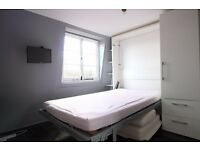 Double Bed in Comfortable rooms to rent in 7-bedroom flat with terrace in trendy Shoreditch