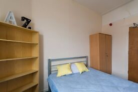 Twin Beds in Rooms to rent in traditional houseshare with garden near Hornsey Rail Station
