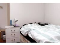 Double Bed in Rooms for Rent in a Fully Furnished 3 Bedroom Apartment Right by the River Thames