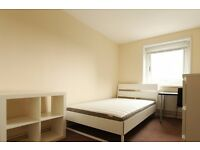 Double Bed in Rooms to rent in a renovated 5-bedroom flat in Lambeth