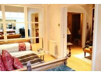 Charming room with heating in shared flat, Kensington