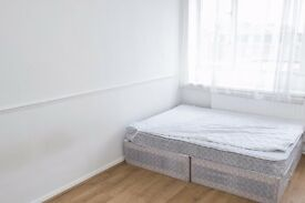 Bright and spacious rooms to rent in 4-bedroom flatshare with balcony - Tower Hamlets
