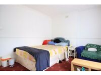 Double Bed in Rooms available to rent in flatshare with parking in Bethnal Green, Tower Hamlets