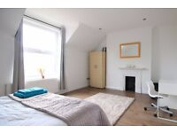 Stylish rooms to rent in 6-bedroom houseshare with skylight windows in Lambeth